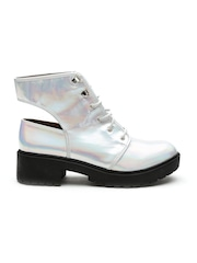 Qupid Women Silver-Toned Iridescent Heeled Shoes