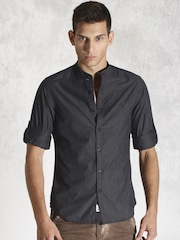 Roadster Charcoal Grey Slim Fit Casual Shirt