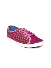 Boltio Women Pink Printed Sneakers