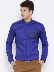 Wills Lifestyle Blue Fly Print Skinny Party Shirt