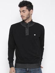 Roadster Men Black Solid Sweater