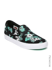 Quiksilver Men Black Floral Print Slip-Ons