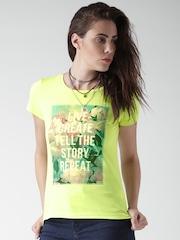 SELA Lime Green Printed T-shirt