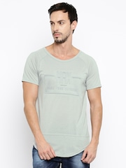 HRX by Hrithik Roshan Men Grey Embossed Round Neck T-Shirt