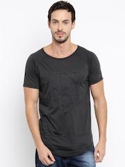 HRX by Hrithik Roshan Men Black Embossed Round Neck T-Shirt