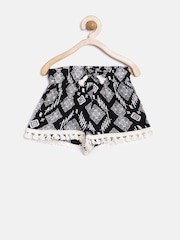 YK Girls Black & Off-White Printed Shorts