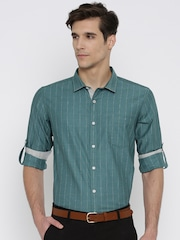 Mast & Harbour Men Green Regular Fit Checked Casual Shirt