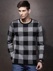 Roadster Men Black & Grey Checked Sweater