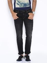 Wrangler Black Washed Skanders Fit Jeans