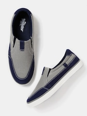 Roadster Men Grey & Blue Loafers