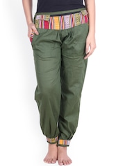 SOUNDARYA Green Trousers