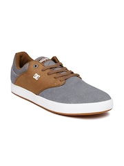 DC Men Grey & Tan Brown Colourblocked Suede Sneakers