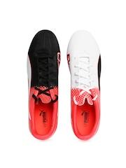 PUMA Men Black & White Printed Football Shoes
