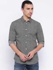 Jack & Jones Men Black & White Printed Slim Fit Casual Shirt