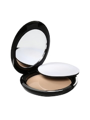 Faces Go Chic Ivory Pressed Powder 01