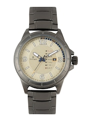 Titan Men Beige Dial Watch 1701QM01