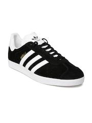 Adidas Originals Men Black Gazelle Suede Sneakers