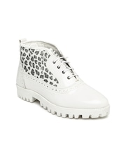 Knotty Derby Women White Animal Print Mid-Top Flat Boots