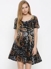Vero Moda Women Black Printed Fit & Flare Dress