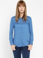 Wrangler Women Blue Regular Fit Solid Casual Shirt