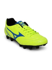 Mizuno Men Fluorescent Green Monarcida Football Shoes