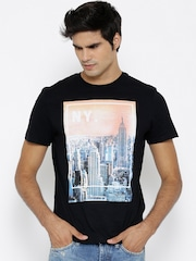 Celio Men Black Printed Round Neck T-shirt