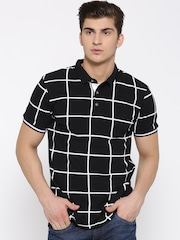 United Colors of Benetton Men Black Checked Polo T-shirt
