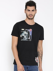 United Colors of Benetton Men Black Printed Round Neck T-shirt