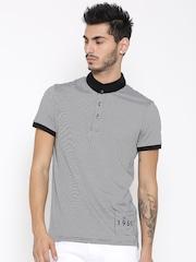 United Colors of Benetton Men Black & White Striped T-shirt
