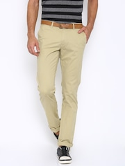 Indian Terrain Men Beige Solid Brooklyn Slim Fit Chino Trousers