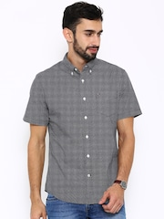 Tommy Hilfiger Men Black Checked Casual Shirt