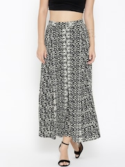 Sera Women Black & Off-White Printed Palazzo Trousers