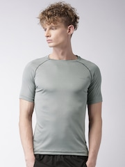 2GO Men Grey Solid Round Neck T-shirt