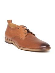 INVICTUS Men Tan Brown Textured Leather Semiformal Shoes