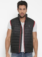 Peter England Casuals Black Handcrafted Sleeveless Quilted Jacket