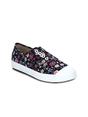 Kielz Women Black Printed Regular Slip-On Sneakers