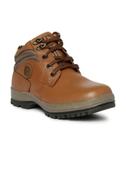 Red Chief Men Tan Solid Mid-Top Trekking shoes