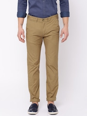 Peter England Casuals Men Beige Solid Super Slim Fit Chino Trousers
