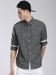 GUESS Men Grey Solid Casual Shirt