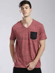GUESS Men Coral Pink Grindle Effect V-Neck T-shirt