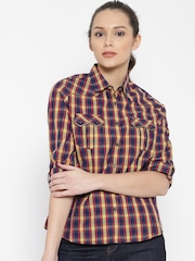 SPYKAR Women Blue & Yellow Checked Casual Shirt