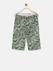 U.S. Polo Assn. Kids Boys Green Printed Regular Fit Cargo Shorts