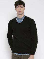 Wills Lifestyle Men Black Solid Sweater