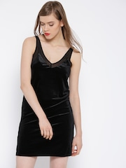 MANGO Women Black Velvet Finish Solid A-Line Dress