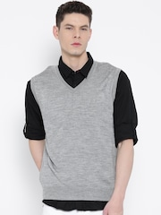 Indian Terrain Men Grey Melange Solid Sleeveless Sweater