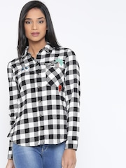 FOREVER 21 Women Black & White Checked Casual Shirt