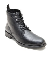 Red Tape Men Black Solid Mid-Top Flat Boots