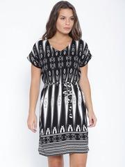 Vero Moda Black & Off-White Printed Shift Dress