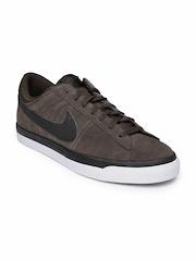 Nike Men Dark Brown Suede Casual Shoes