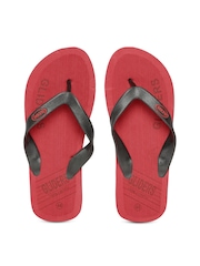 Gliders by Liberty Men Red & Black Flip-Flops